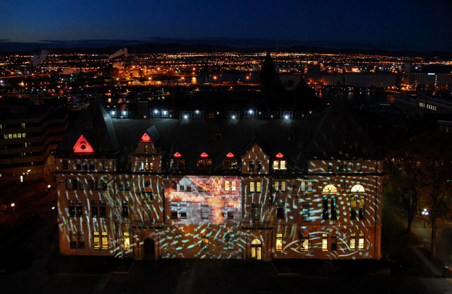julia-dantonnet-2008-quebec-video-lumiere-art-light-hotel-de-ville-paris-01