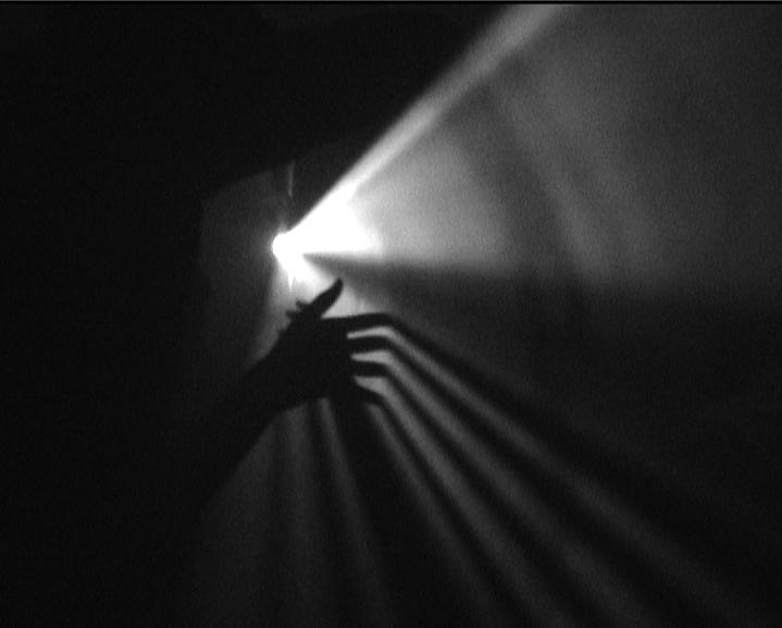 julia-dantonnet-2006-nuit-eblouit-video-documentaire-lumiere-eclairage-03