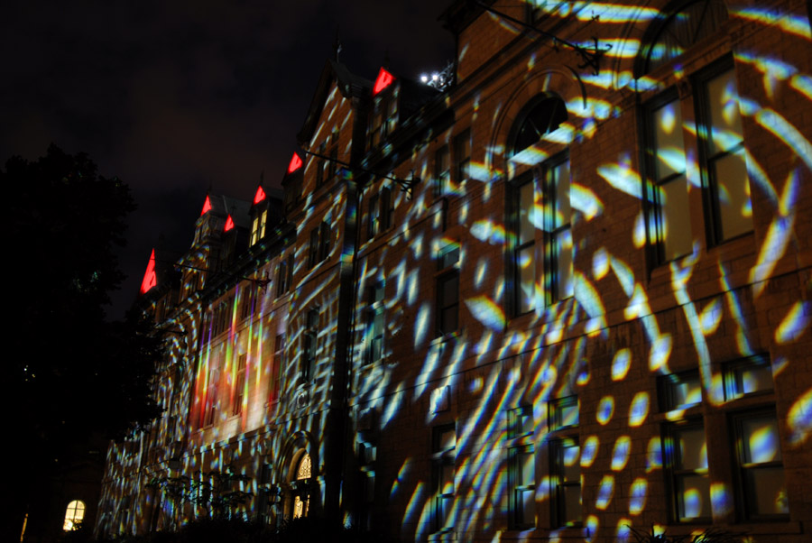 julia-dantonnet-2008-quebec-video-lumiere-art-light-hotel-de-ville-paris-04