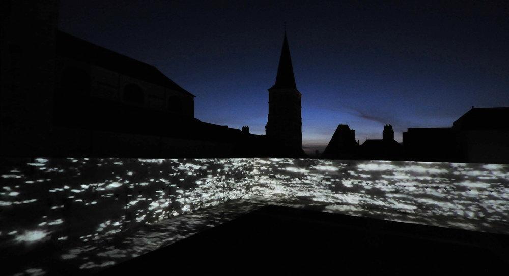 julia-dantonnet-2012-charite-sur-loire-video-lumiere-art-light-01