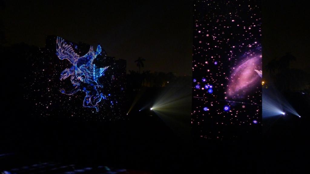 julia-dantonnet-2013-jantar-mantar-luminocity-video-10