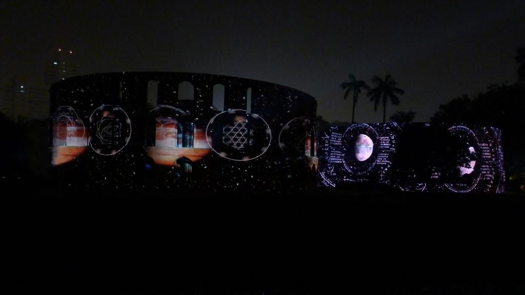 julia-dantonnet-2013-jantar-mantar-luminocity-video-11
